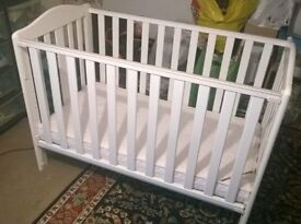 BABIES R US COTBED & MATTRESS **MUST GO ASAP!!**