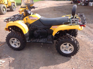 4 roues VTT Moose 500A  4x4 Neuf Excellente condition
