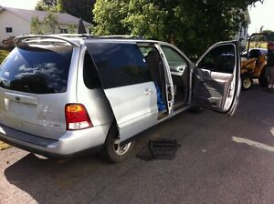2003 Ford Windstar Cornwall Ontario image 2