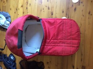 Uppababy Vista Stroller -mint condition; tons of accessories Peterborough Peterborough Area image 4