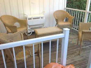 Mobiliers d'extérieur (4 mobiliers disponibles)
