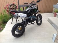 NEW 2016!! 125CC 4 SPEED MANUAL DIRTBIKE!! MONSTER EDITION