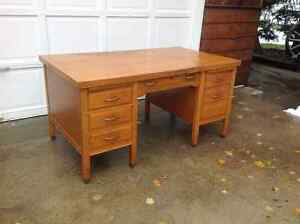 Antique oak bankers dsk