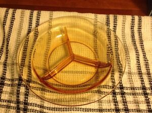2 Depression Glass Dishes. Regina Regina Area image 8