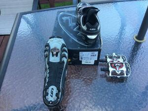 Souliers avec clips pour vélo