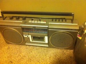Vintage JVC stereo/boom box in great working condition.