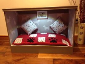DELUXE CHIC DOG BED