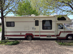 VR Ford royale classic 28 pied