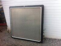 Aluminium load cover for L200