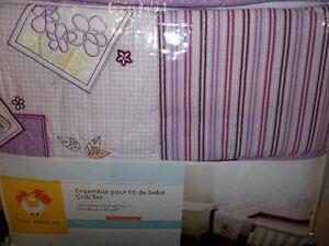 DERNIER  literie neuf ensemble pour lit de bebe, crib set