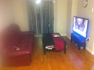 SUBLET LUXURY APARTMENT 1 bed + den REVO DOWNTOWN  London Ontario image 2