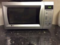 STAINLESS LG MICROWAVE/COOKER MULTIFUNCTIONAL £45