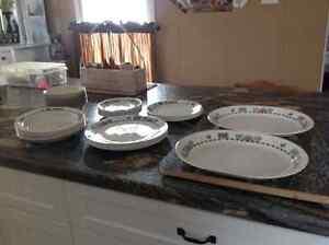 Corelle Sunblossom Dishes Peterborough Peterborough Area image 4