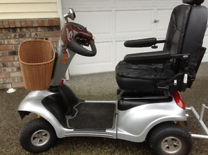 Deluxe Shoprider Mobility scooter