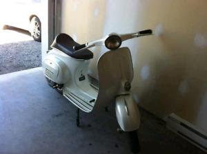 1965 vintage vespa scooter