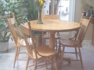 Bass River(?) Table and Chairs