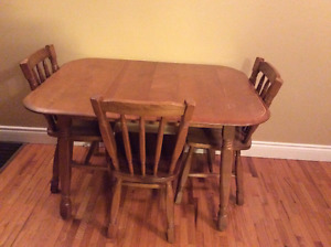 Solid maple kitchen table set
