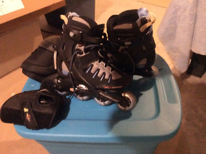 LADIES ROLLER BLADES FOR SALE