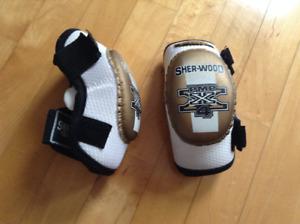 Hockey - protège-coudes Sherwood junior M