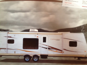 Barely Used, 24 ft , 2011 Catalina Coachman Travel Trailer