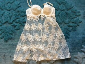 White lace Bridal nightie/lingerie. 34b. $35