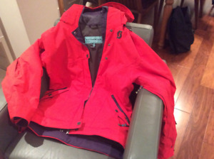 Women Ski Jacket, like new condition, size 12, fits Large & tall