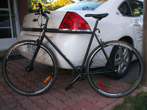 VERY COOL SINGLE SPEED/FIXED GEAR BIKE $525 or best offer