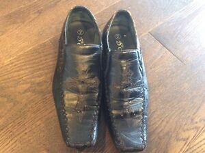 Boys' formal shoes size 2 free