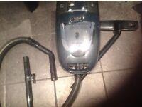 Vacuum Cleaner 1,300 Watt (Sanyo) Make