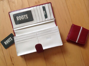 Brand New ROOTS Leather Wallet