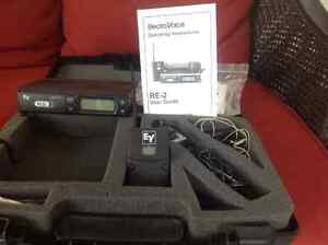 Electro-Voice RE2 Wireless mic and guitar system