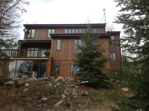 Lakefront home on beautiful Red Lake, ON