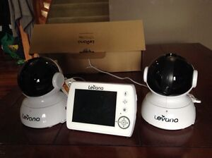 Levana Astra digital baby video monitor with 2 cameras