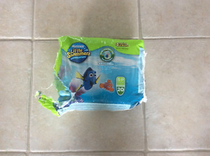 19 Huggies Little Swimmers swim diapers