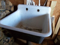 Antique cast iron tub sink on stand