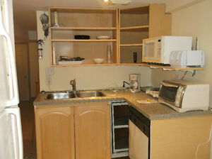 Room with private 4pc bath London Ontario image 5