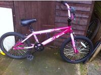 "GIRLS 10""INCH FRAME ENVY VIBE BMX BIKE £40.00"