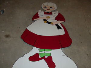 Christmas hand made lawn decorations ornaments London Ontario image 3