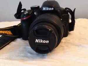 À vendre Nikon D3200