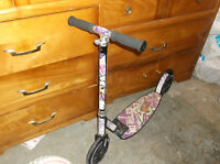 Girls Scooter for 7 to 10 year old