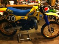 1983 suzuki rm250 ground up rebuild