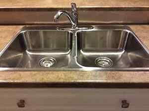 Double kitchen sink and faucet
