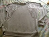 Ladies jumper size 14/16