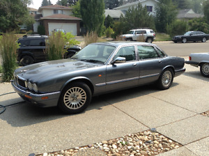 1995 Jaguar XJ12 6.0L Sedan in Immaculate condition...must see