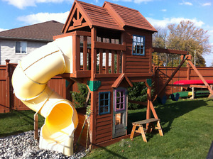 Cedar Summit Premium Panorama Backyard Playset
