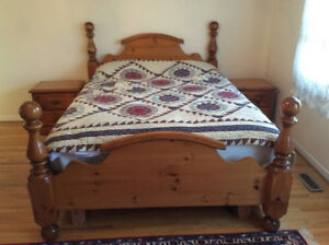 Six-piece queen-size Bedroom Set