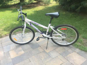 Girls Supercycle SC 1800