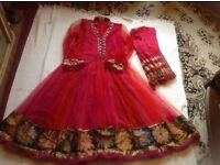 "Brand new Indian wedding dress with scarf size: 12/40"" £10"