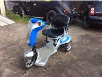 3 WHEEL 8mph MOBILITY SCOOTER