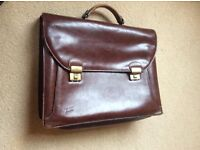 VINTAGE QUALITY LEATHER TAN BRIEFCASE